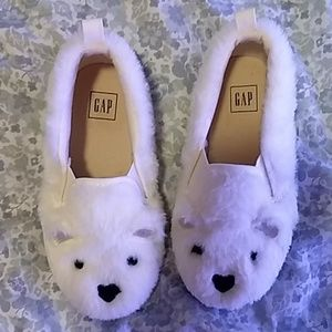 Worn one time. Baby Gap fur bear shoes for girl.